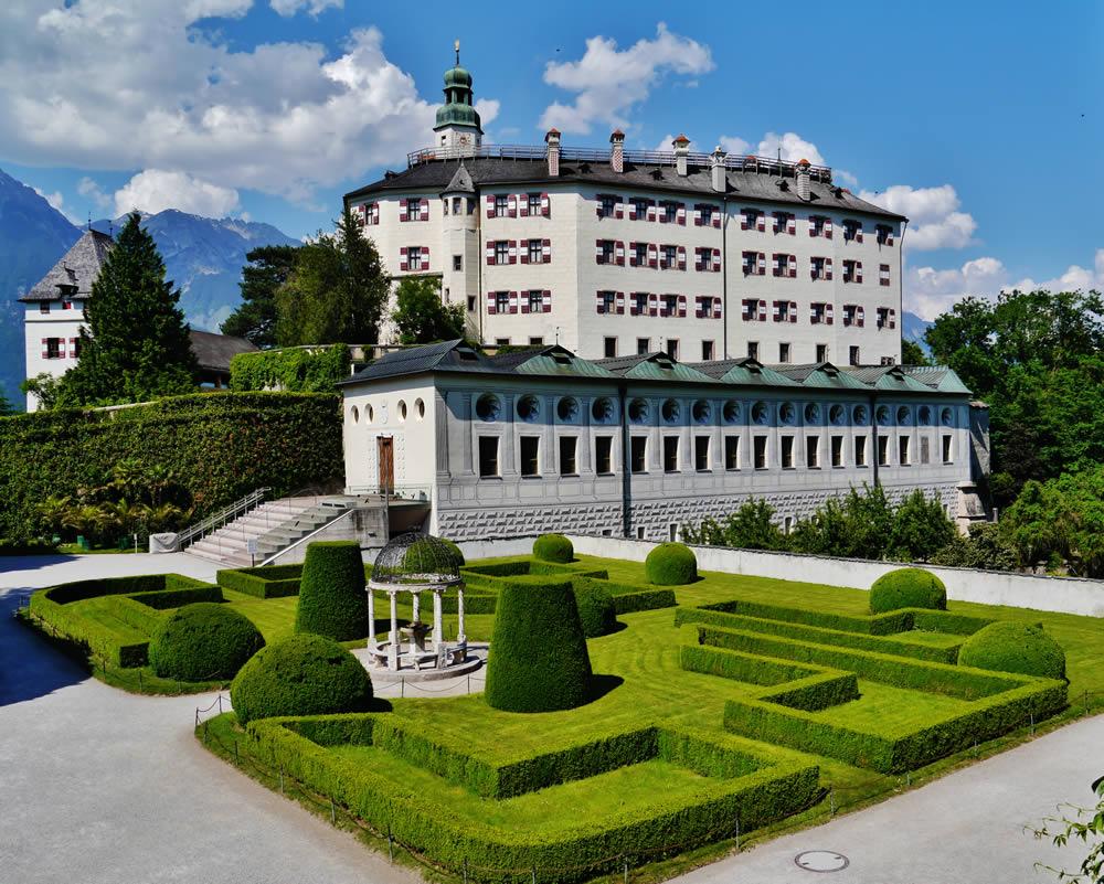 قلعه آمبراس اتریش