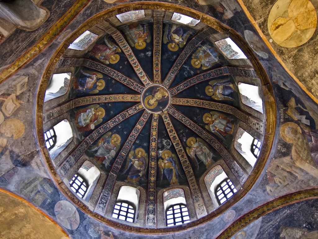 معماری کلیسا کورا