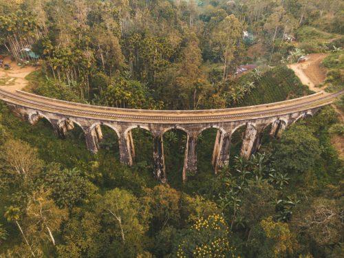 پل ۹ قوس