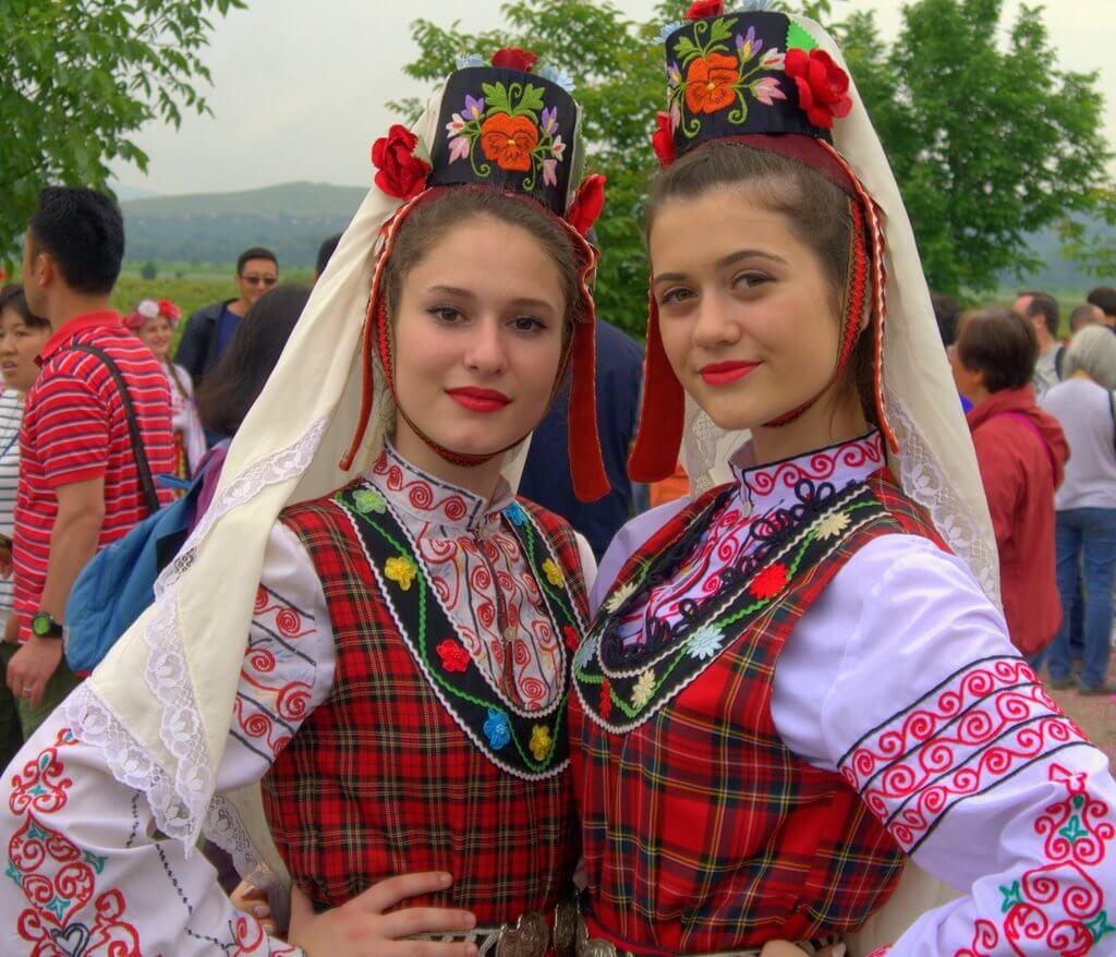فستیوال گل سرخ بلغارستان