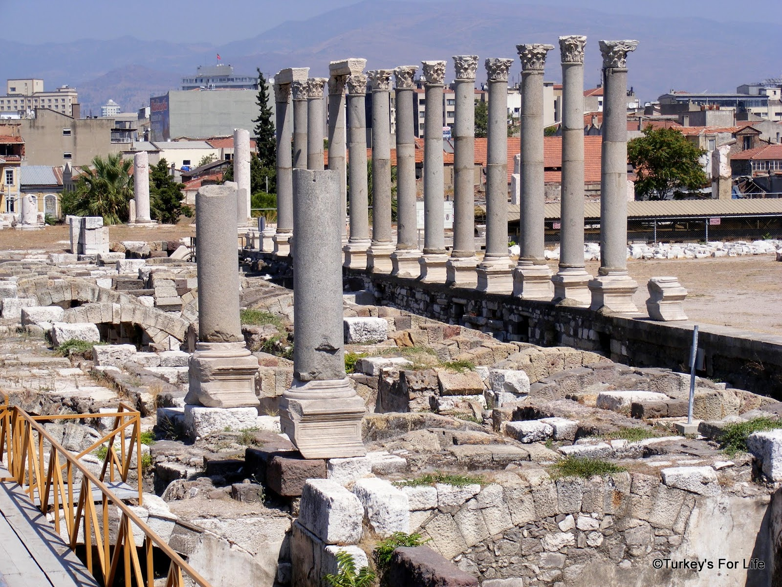 سمیرانا شهر باستانی ازمیر