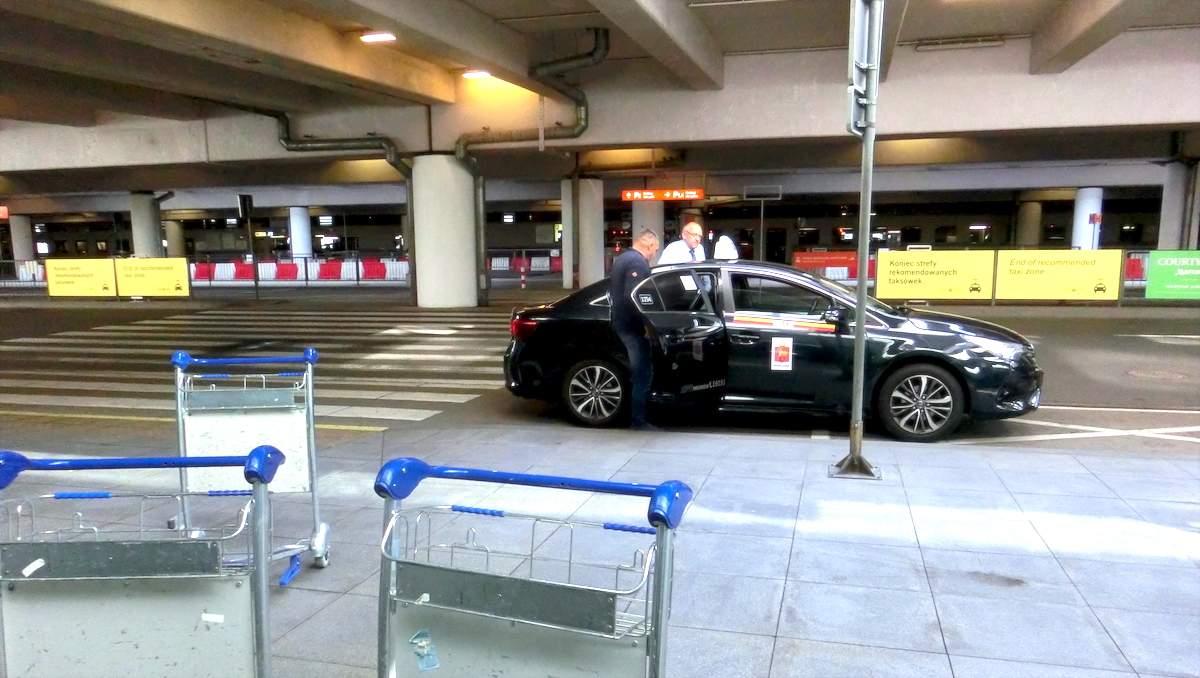 دسترسی از فرودگاه ورشو به مرکز شهر