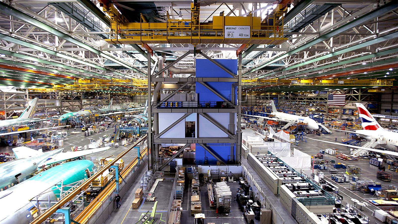 سفری به داخل کارخانه هواپیماسازی بوئینگ