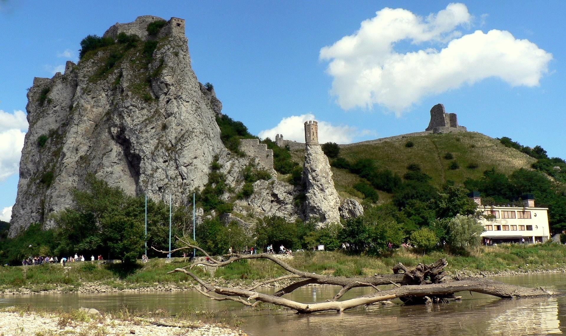 قلعه دوین در اسلواکی