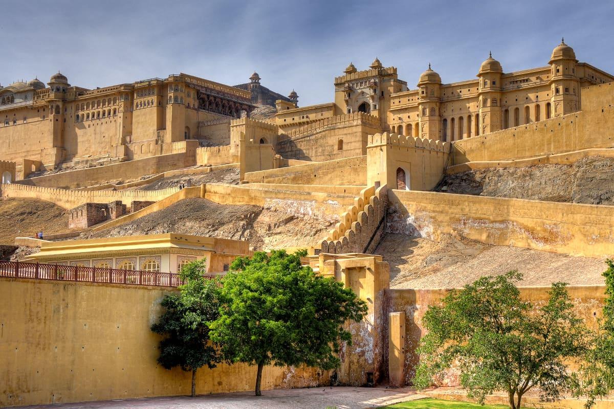 تجلی هنر معماری هندوستان در قلعه امبر