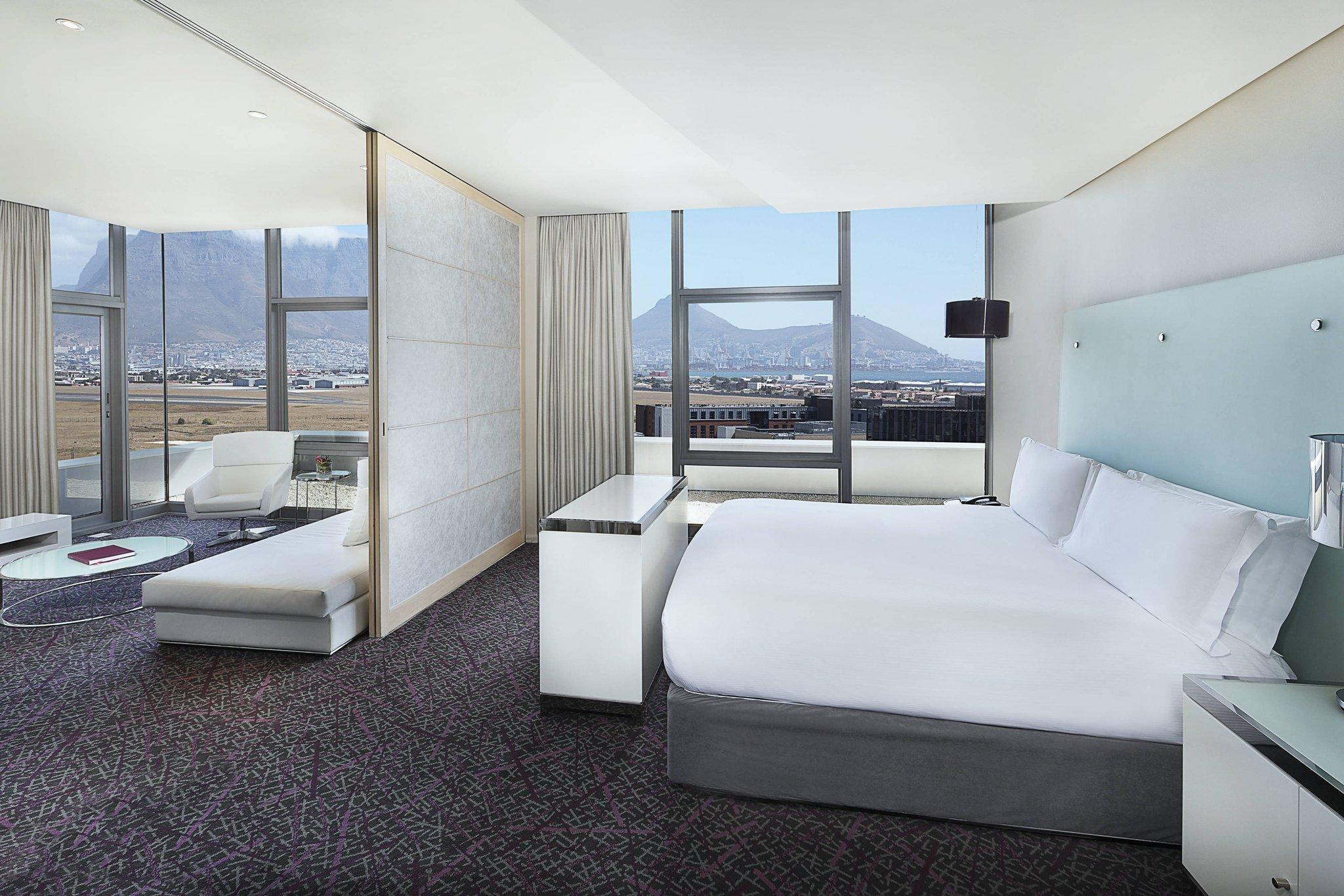 هتل کیپ تاون ماریوت کریستال توورس