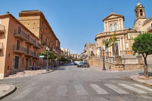 آشنایی با خانه های 1 دلاری ایتالیا