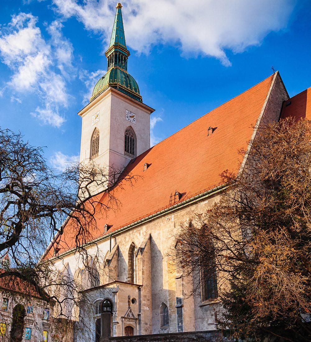 کلیسای جامع سنت مارتین براتیسلاوا