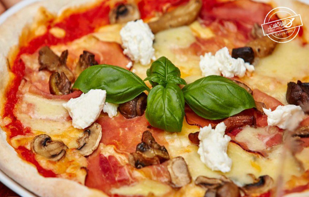 رستوران پیتزای رمانتیک