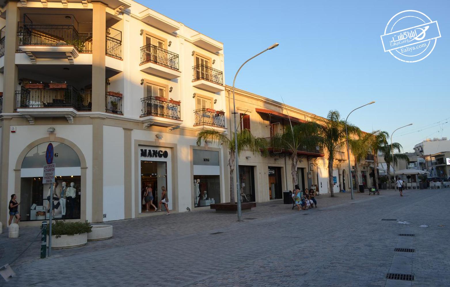 فروشگاه های لاکچری و لوکس لارناکا