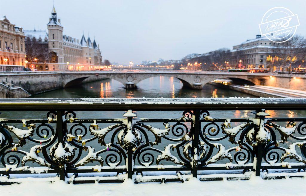 هوای برفی پاریس