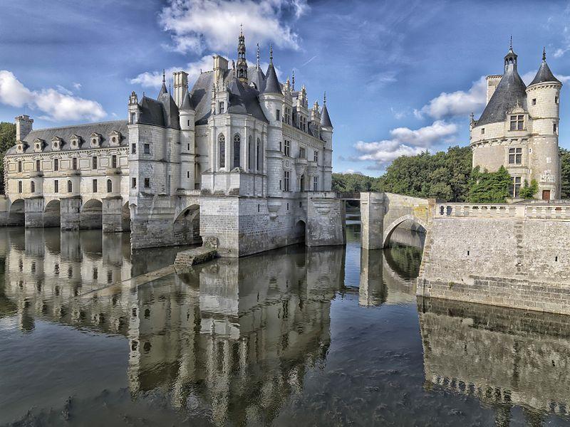 قلعه شنونسو در فرانسه