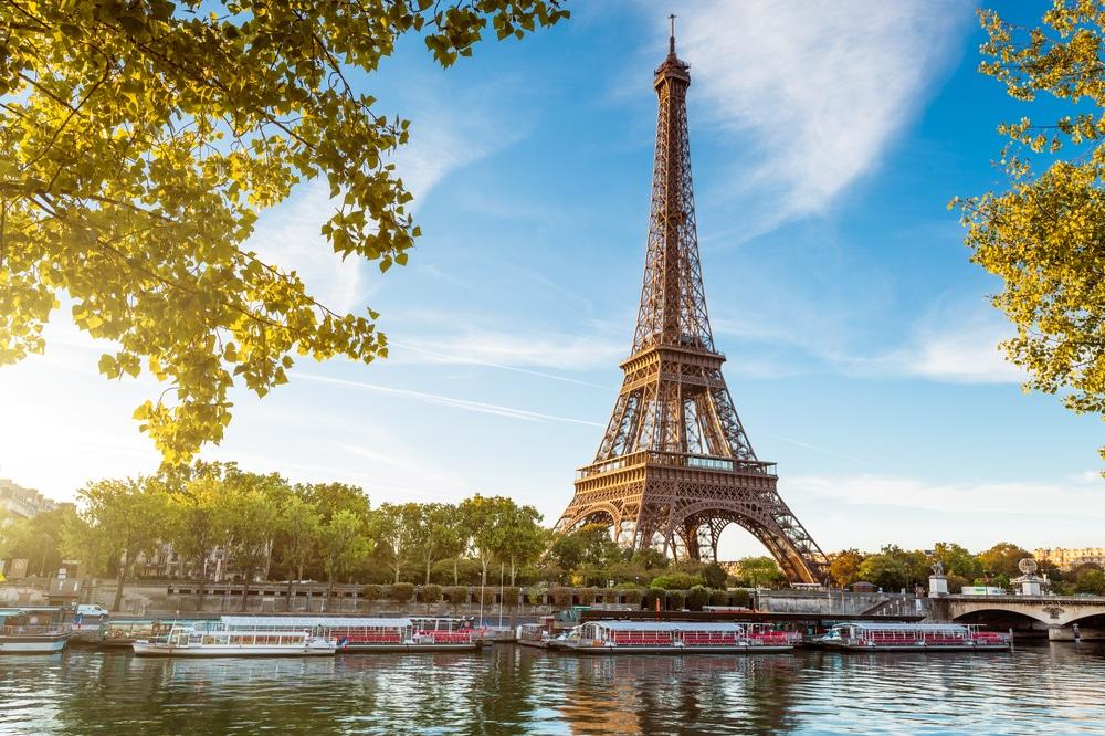 در پاریس چگونه رایگان بگردید