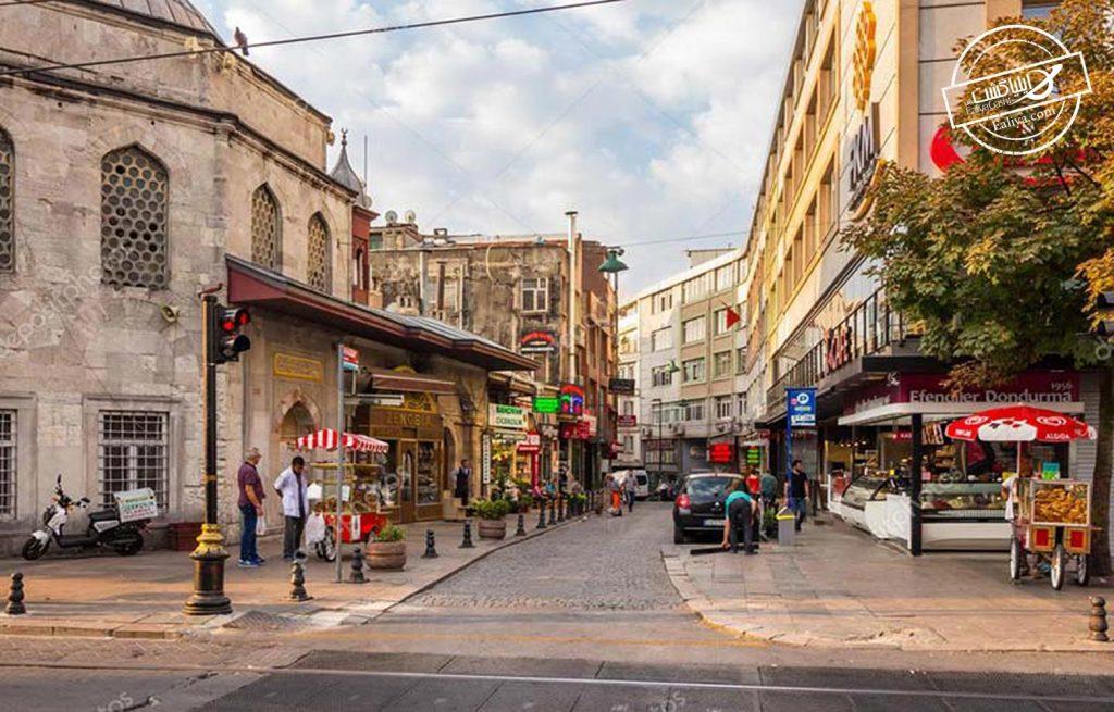 خیابان معروف دیوان در استانبول