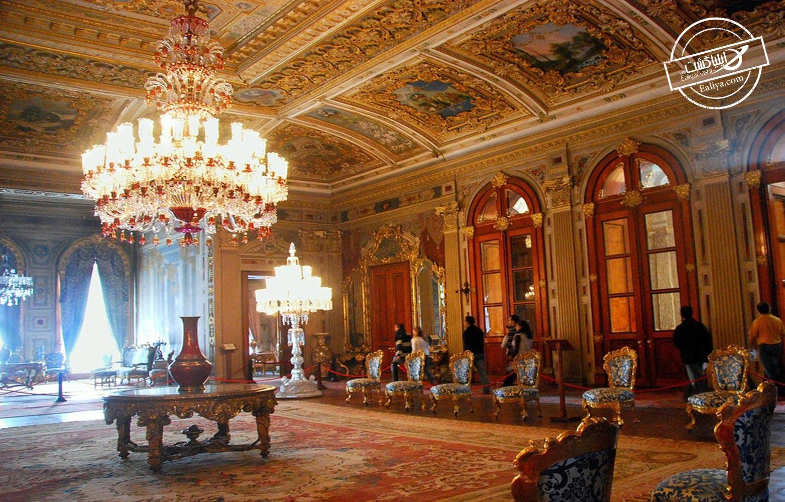 قصر دلماباغچه