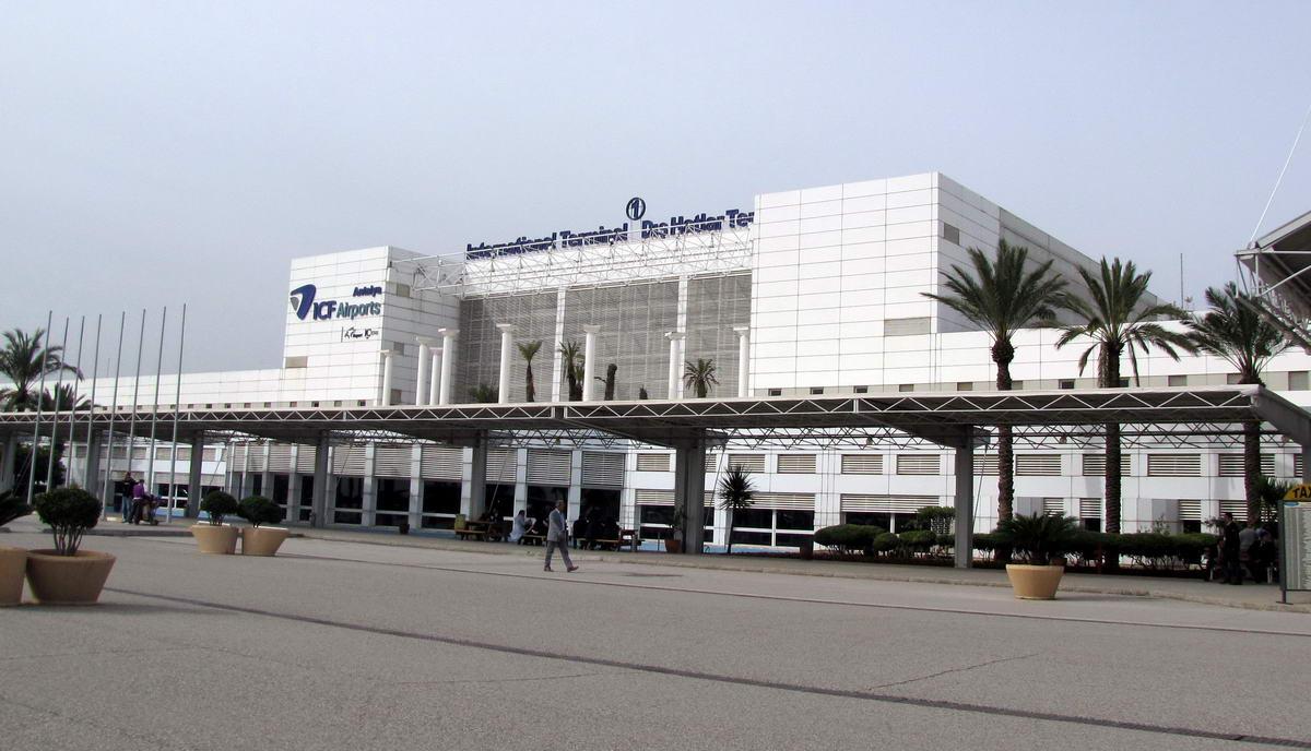 نمای فرودگاه آنتالیا