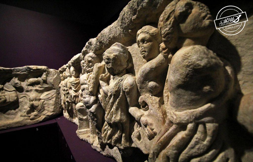 مجسمه های موزه ازمیر