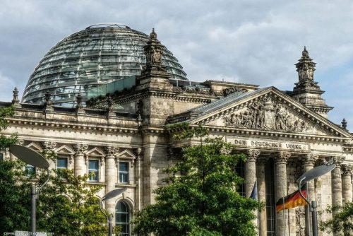 ساختمان رایشتاگ در آلمان