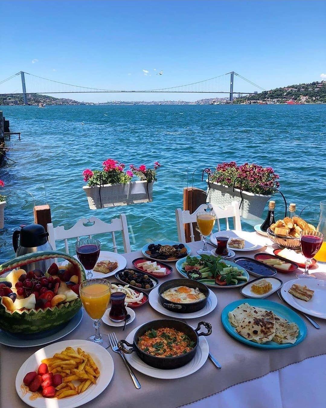 صبحانه در استانبول