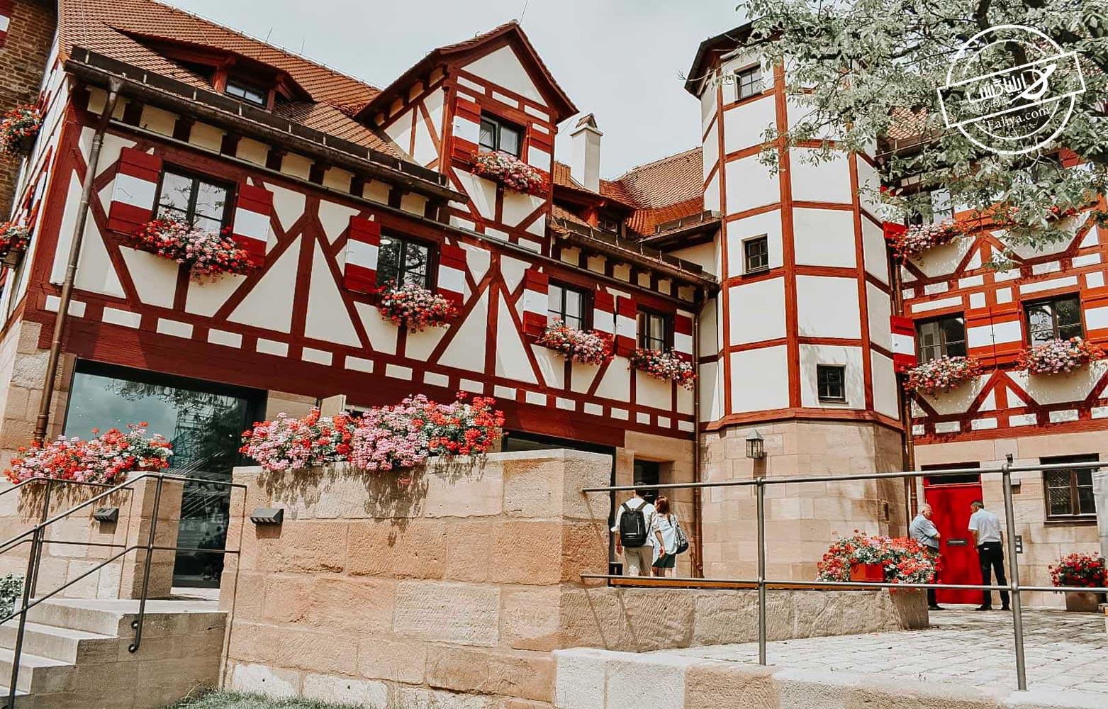 بازسازی در قلعه نورمبرگ