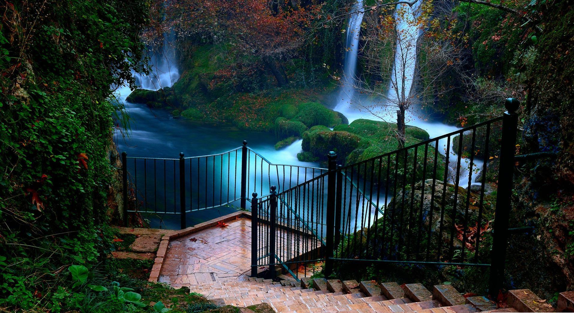 آبشارهای دودن آنتالیا را نزدیک ببینید