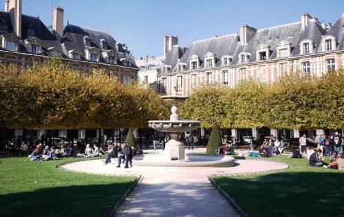 میدان پلاس دووژ فرانسه
